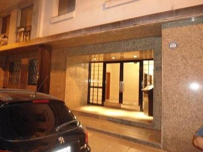 Monserrat Chacabuco 651 / Departamento 2 Ambientes Lavadero