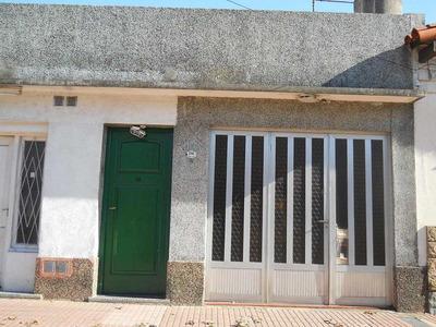 Casa En Alquiler De 2 Ambientes En Banfield
