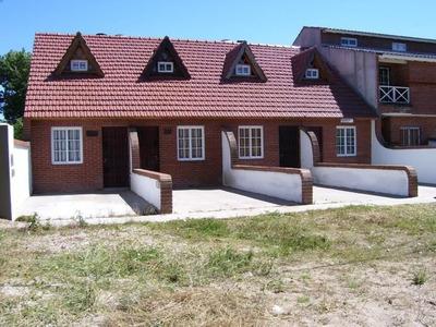 Duplex Mar Del Tuyu Calle 84 Entre 2 Y 3. A 2 Cuadr. Del Mar