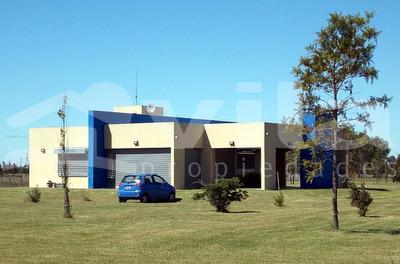 Casa En Venta De 4 Ambientes En Chacras Del Alba