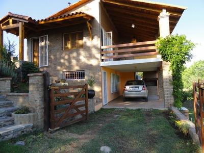 Hermosa Casa Carlos Paz, Estancia Vieja.