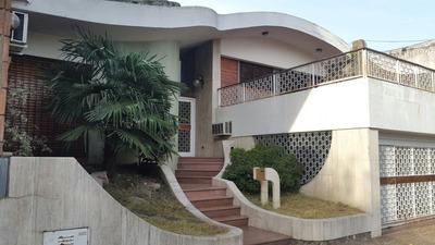 Casa En Venta De 5 Ambientes En Liniers