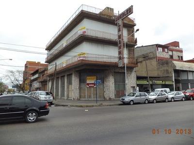 Local En Alquiler De Ambientes En La Tablada