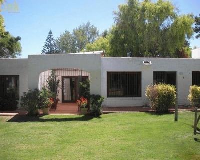 Casa En Alquiler Por Temporada De 5 Dormitorios En Jardines De Cordoba