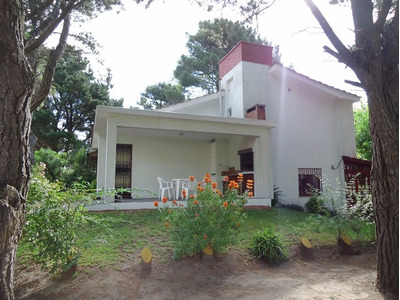 Alquilo Chalet En Country Hipocampo