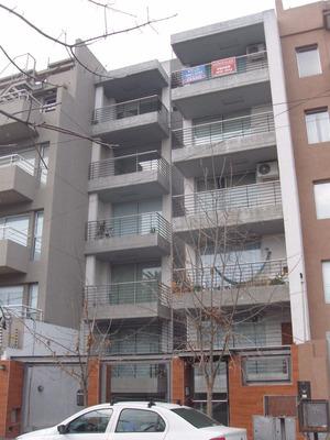 Castelar Norte Dpto 1 Amb Grande Balcon Luminoso Edif Categ