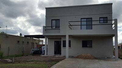 Casa En Venta De 4 Ambientes En San Alfonso