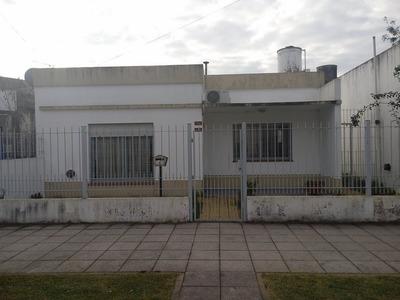 Venta De Casa Americana - Florencio Varela Centro