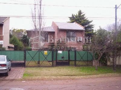 U$d 250.000 - Casa En Venta - Gauchos De Guemes 2100