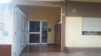 Departamento Centrico Con Cochera - Calle 75 N° 315 Pb 1