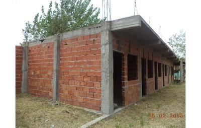 Calle 49 Entre 51 Y Av Novena -san Clemente Del Tuyú - Bueno
