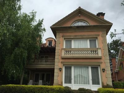 Venta - Casa - San Fernando, Zona Norte, Buenos Aires, Argentina